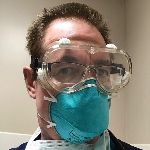 n95 mask, goggles